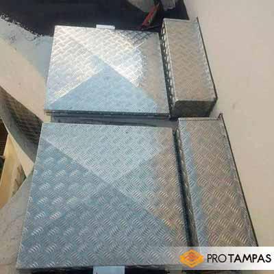 Tampa de alumínio